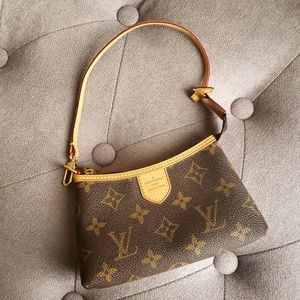Louis Vuitton Mini Delightful Pochette